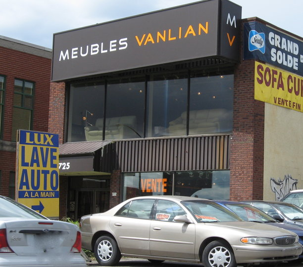 Meubles vanlian montr al qc ourbis for Le meuble villageois inc