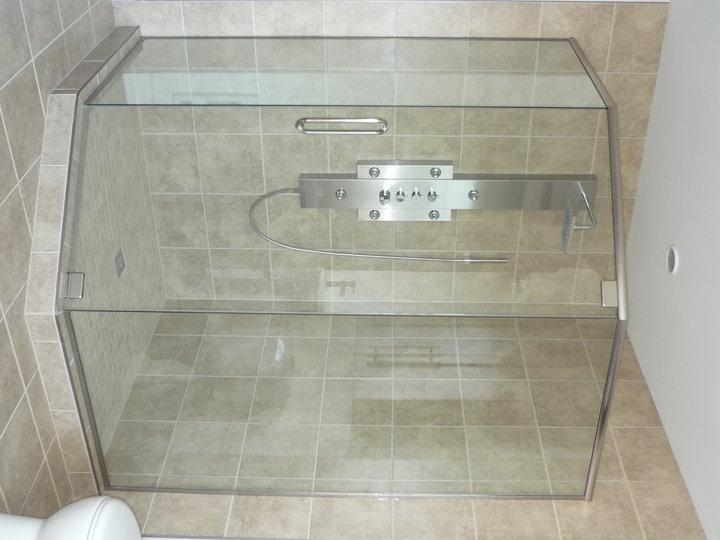 rfs installation inc douche de verre cellier et rampe saint roch de l 39 achigan qc ourbis. Black Bedroom Furniture Sets. Home Design Ideas